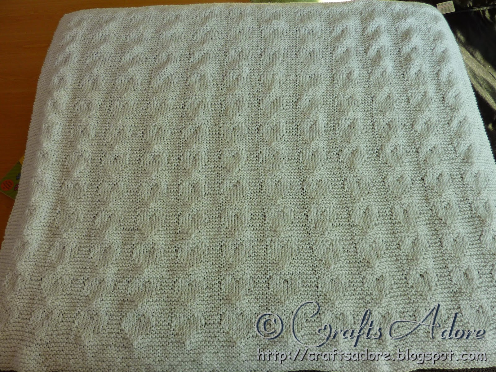 Knitted Unisex Baby Blanket