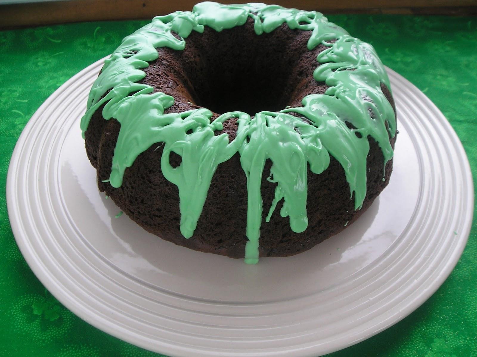 Chocolate Mint Bundt Cake ~ Edesia\'s Notebook