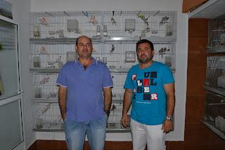 Santiago y su amigo Santos en el Aviario de Santiago