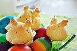 Wielkanocne drożdżowe zajączki
