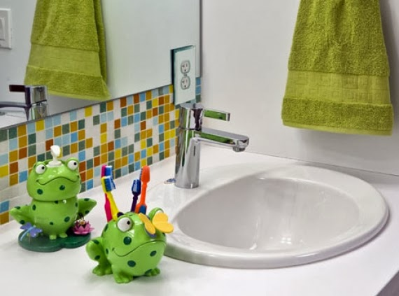 Kids bathroom accessories modern home design and decor for Kids bathroom accessories