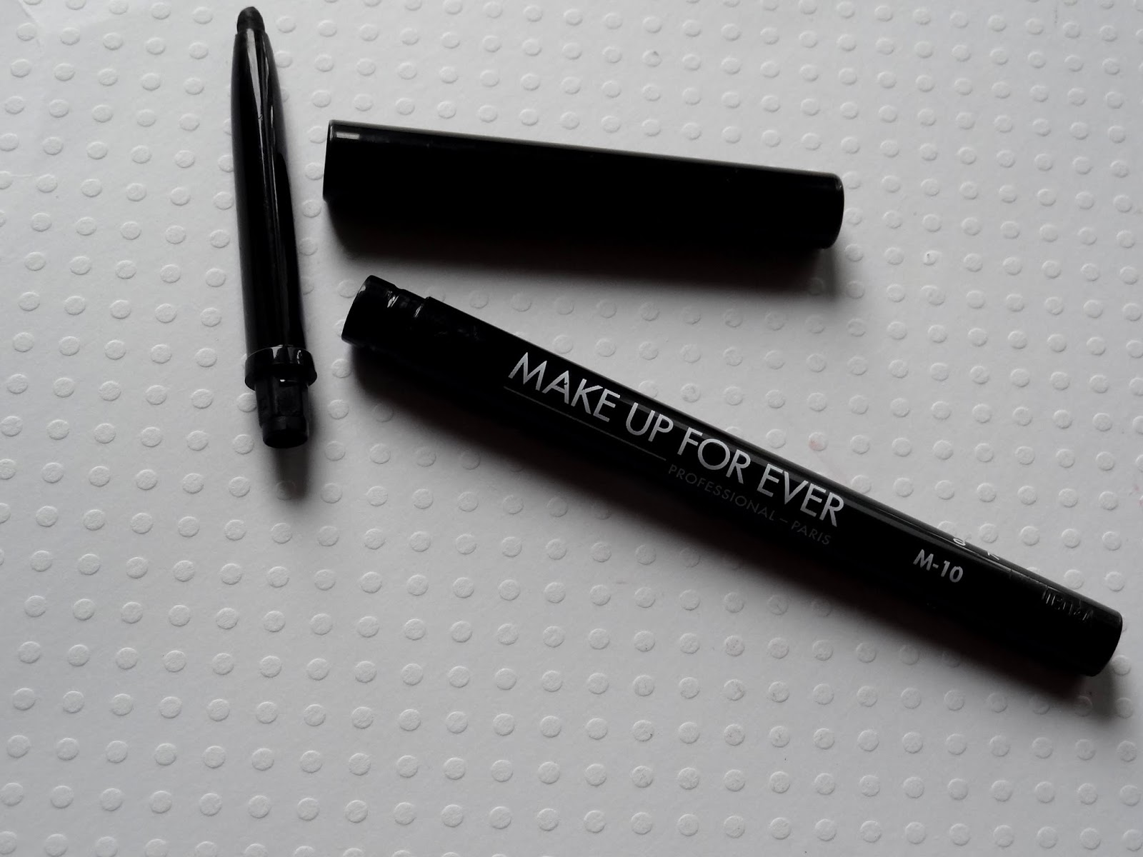 make up for ever eyeliner in m10 Review, Photos & Swatches
