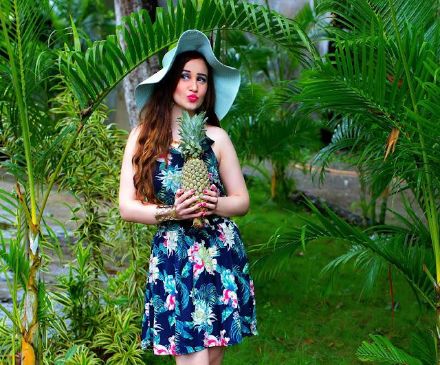 VERO MODA Floral Top, Floral Skater Skirt, Resort Wear, Sun-hat, Pineapple Fashion