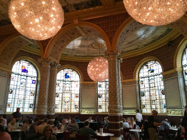 Cafe at the V&A Museum | London | Chichi Mary Kid's Boutique