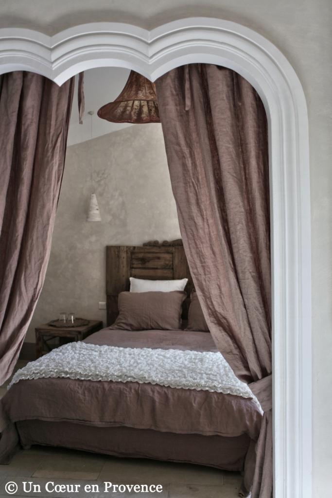 un coeur en provence chambre en alc ve. Black Bedroom Furniture Sets. Home Design Ideas