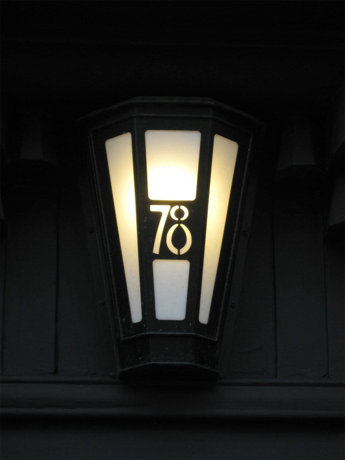 Studio tomas king charles rennie mackintosh and 78 derngate for Dining room 78 derngate