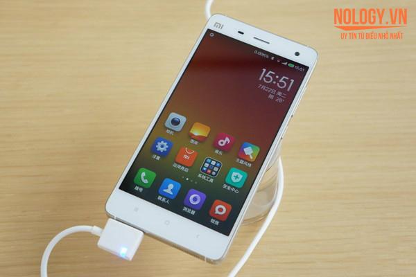 Màn hình chiếc Xiaomi Mi4