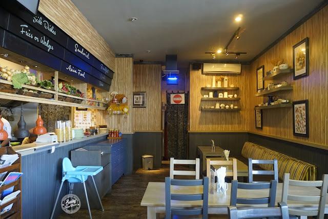 Interior Dinning area Honey & Bread Cafe
