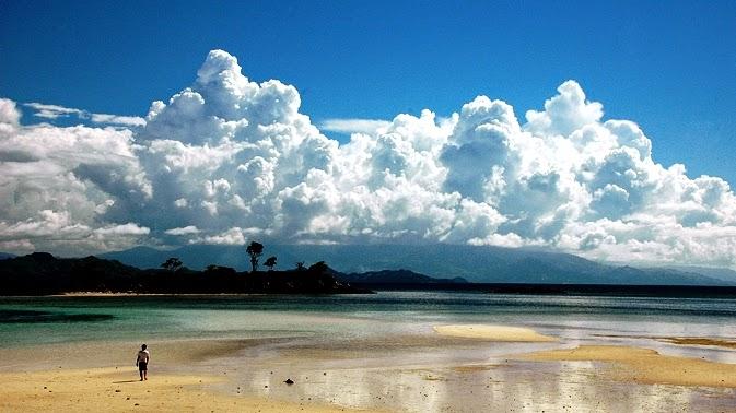 Wisata Pulau Saronde Gorontalo Utara