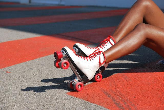rollers quads vintages rouge et blancs, blog mode afro france