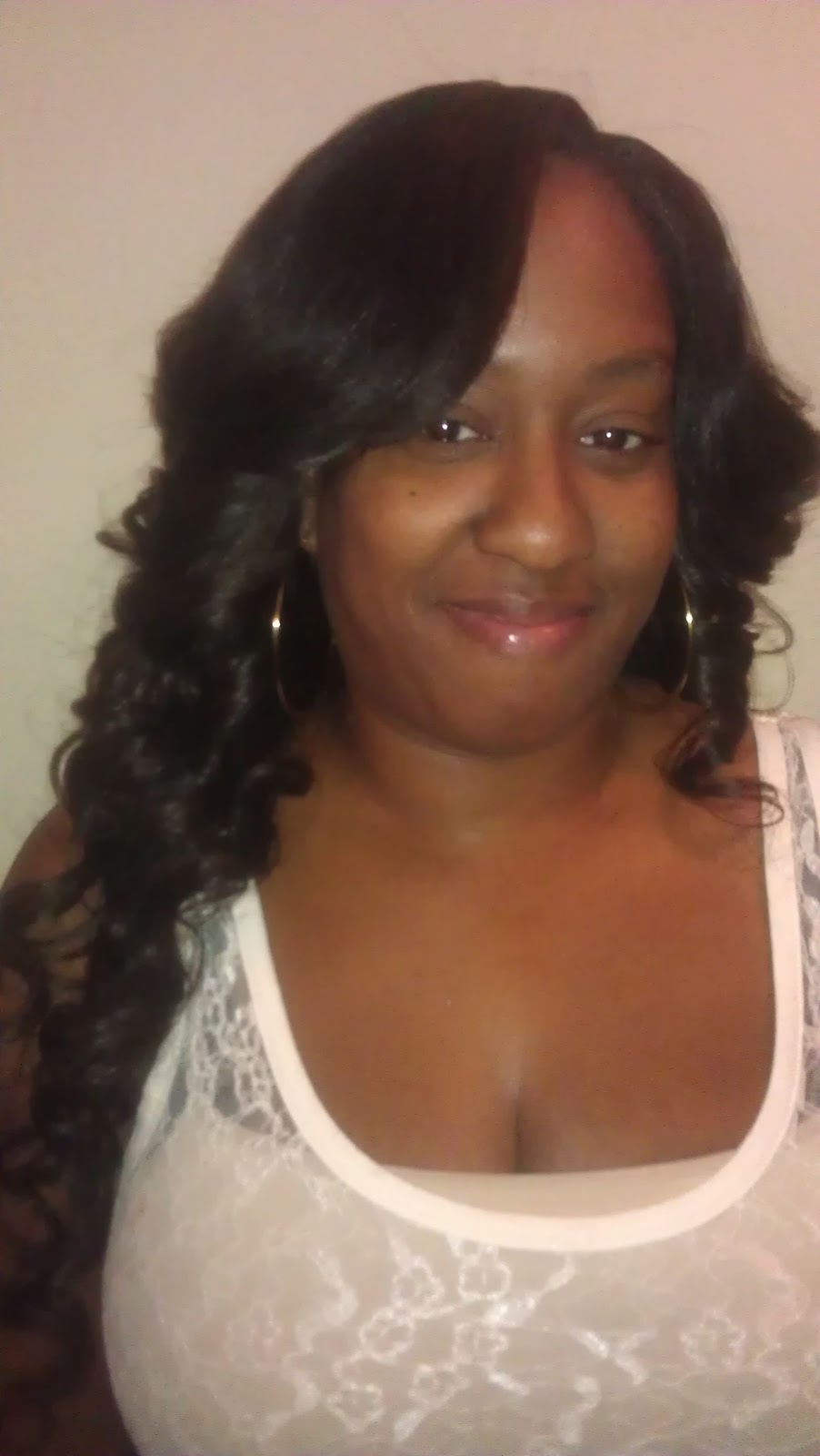 Sew in Bob with Bangs http://yinkasdesign.blogspot.com/2012/11/more-bobs-layers-cuts-and-feathers.html