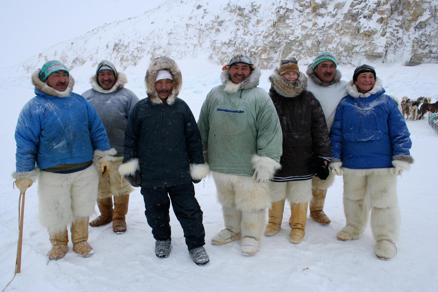 http://4.bp.blogspot.com/-H_MWqrbvHeE/TjJSNvo9j0I/AAAAAAAACYc/tP9Qh9ujFRg/s1600/eskimo2.jpg