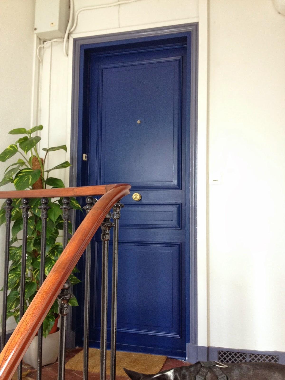 Changement de porte d 39 entr e la clamartoise for Peindre une porte