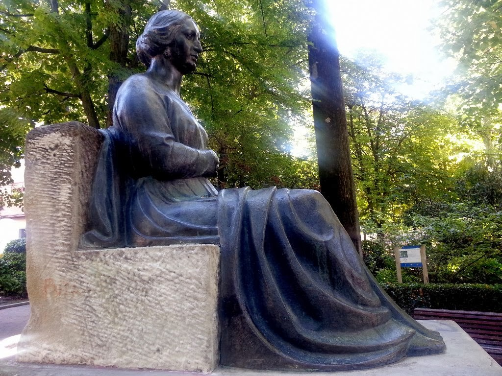 Escultor Imaginero Luis Marco Pérez: Monumento a Doña Gregoria de ...