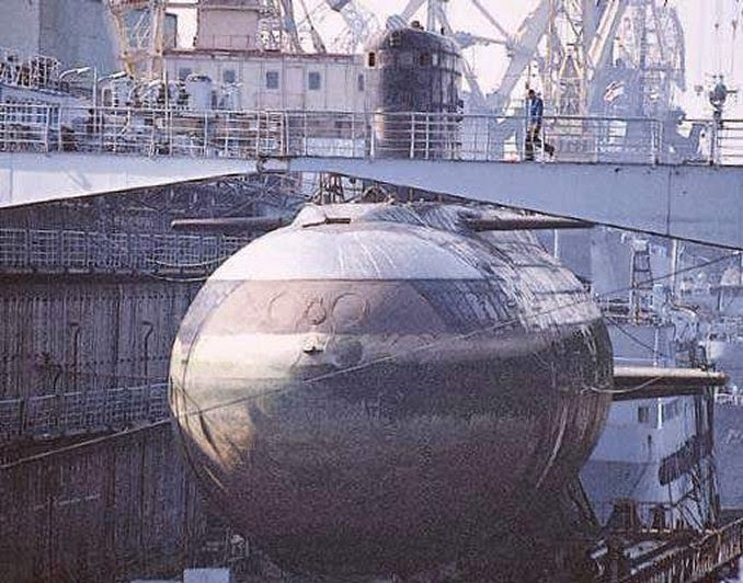 Mendag Rusia : Indonesia Akan Beli Kapal Selam Kilo Class - Project 636