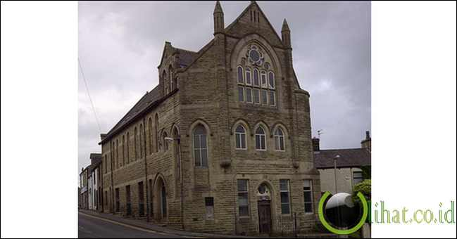 Masjid Clitheroe dulunya adalah Gereja Mt. Zion Methodist
