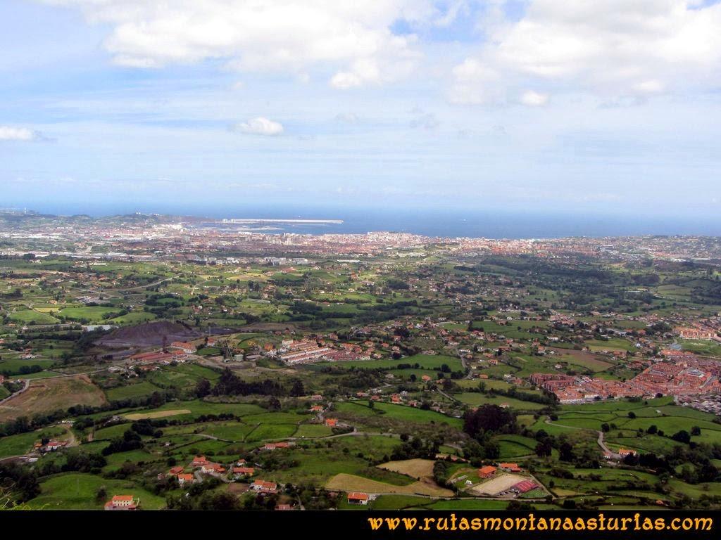 Senda Verde Camocha - Pico Sol - Piles: Vista de Gijón desde el Pico del Sol