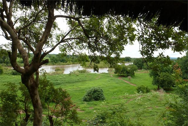 Vista del río Gambia a su paso por Kédougou, donde paramos a almorzar