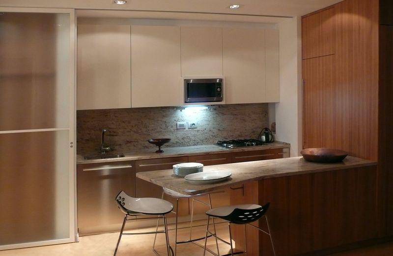 Offerte cucine prezzi e arredamento della cucina isole e penisole soluzioni per delimitare - Cucine piccoli spazi ...