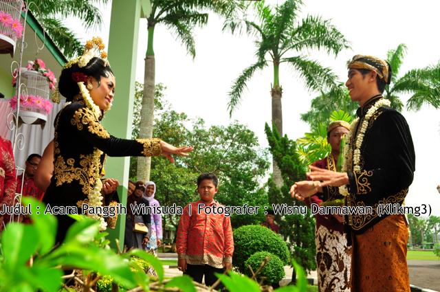 Acara Panggih Winisuda   Fotografer : Klikmg3 ( Wisnu Darmawan )