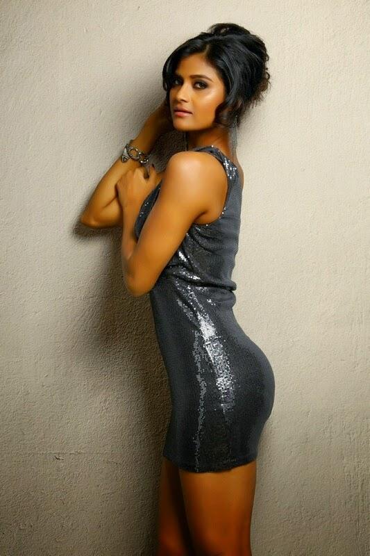 Actress Devayanim Spicy Gallery