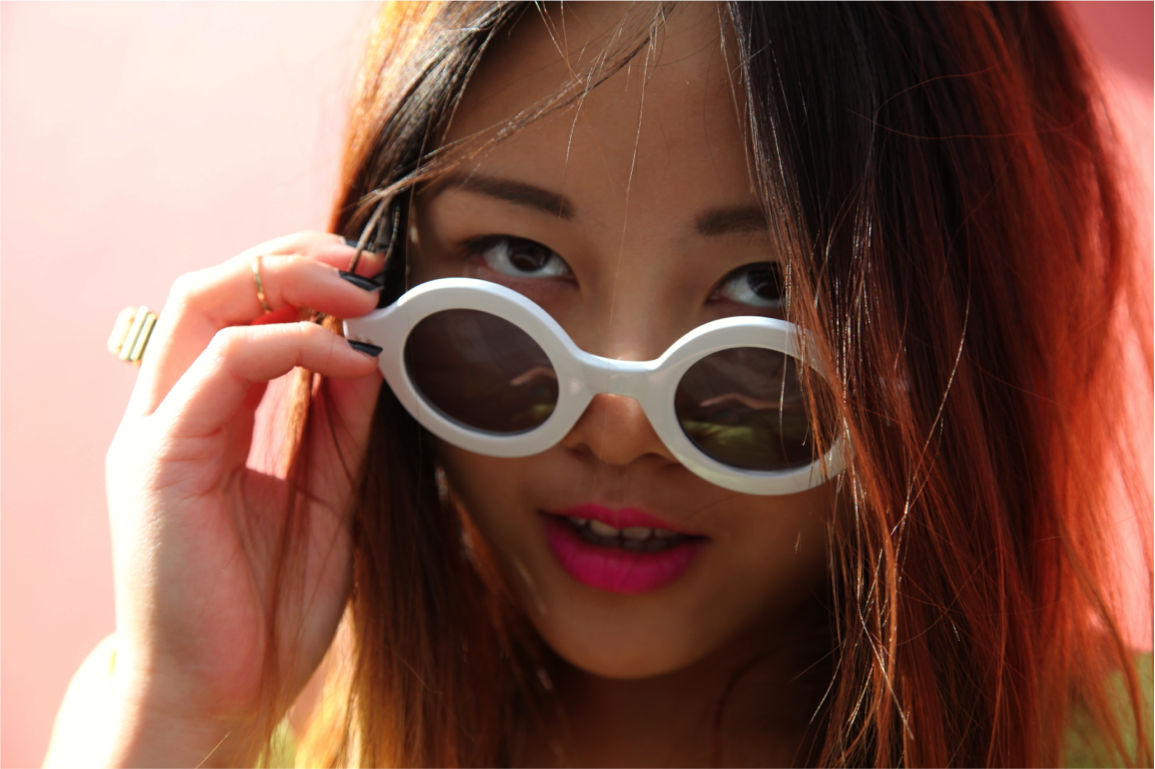 white frame round sunglasses from nasty gal on epique