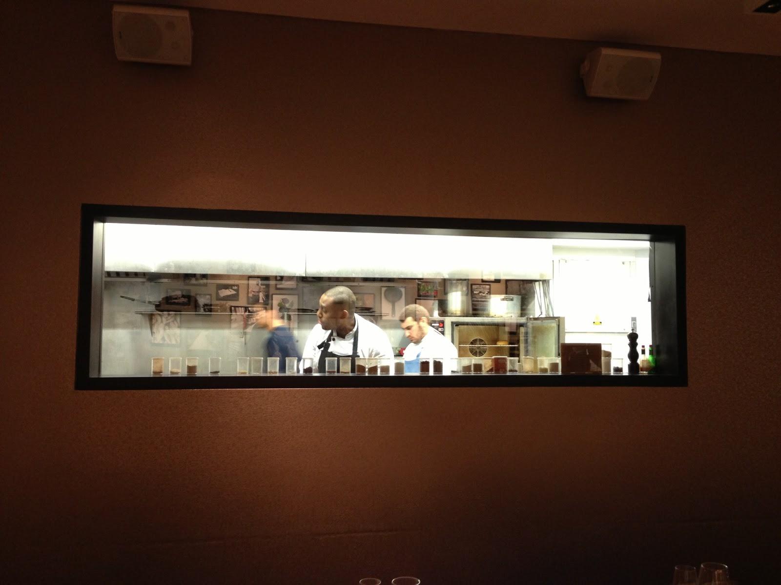 Restaurant Kitchen Window delighful restaurant kitchen window prbvit k in design inspiration