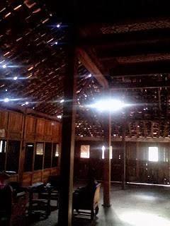 rumah koglo antik