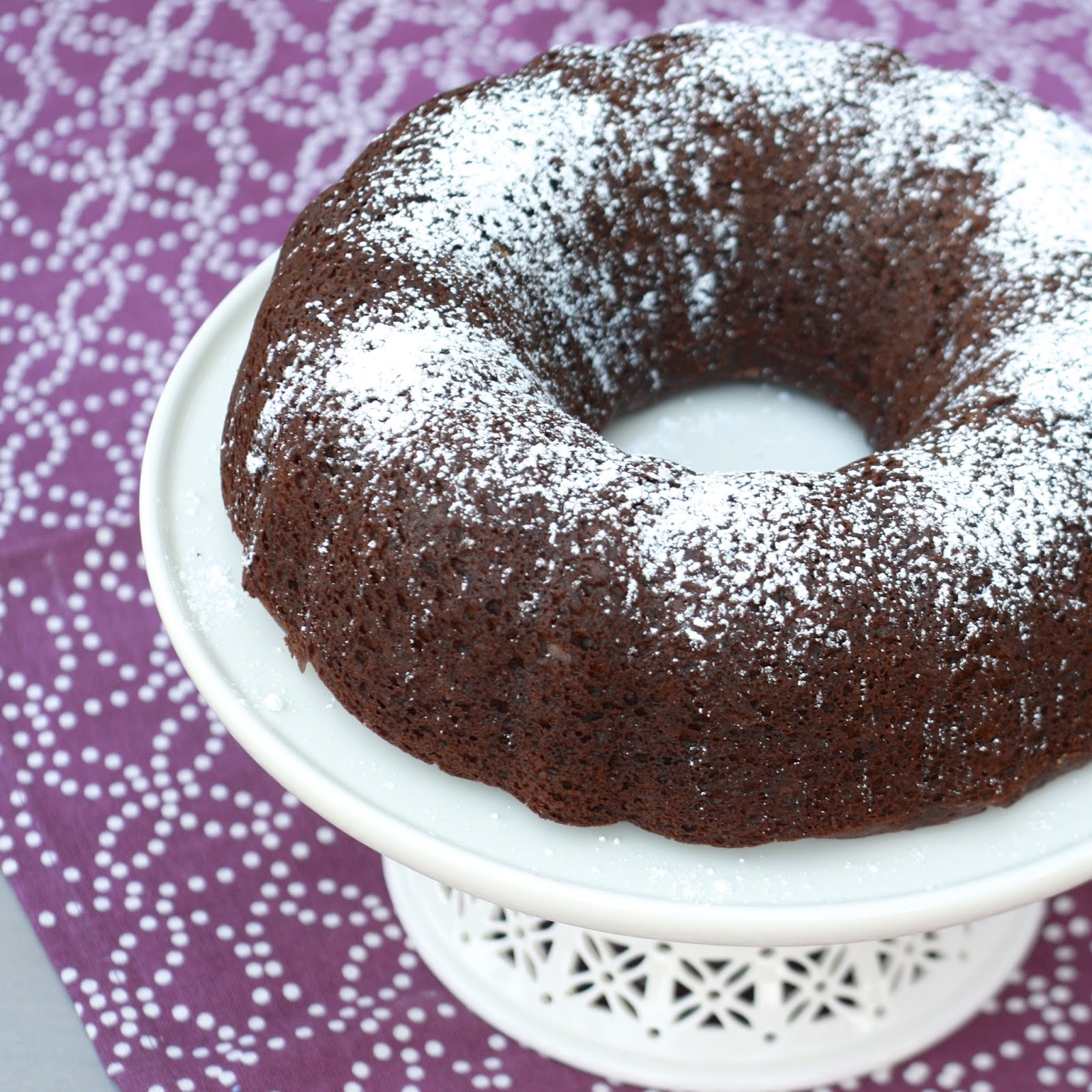 Chocolate Banana Bundt Cake | The Sweets Life
