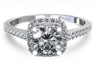 All You Need to Know About Cushion Cut Engagement Rings