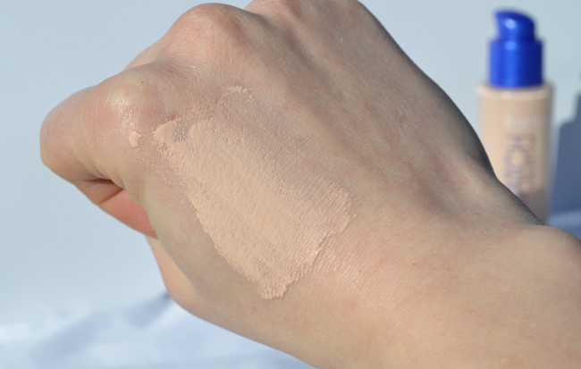 Rimmel Match Perfection foundation Light Porcelain