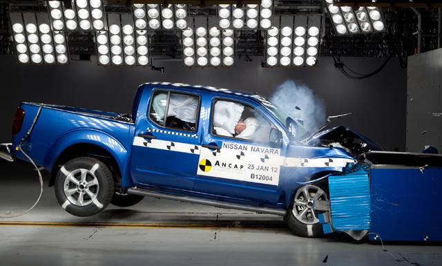Nissan Navara D40 Dual Cab 2012 safety