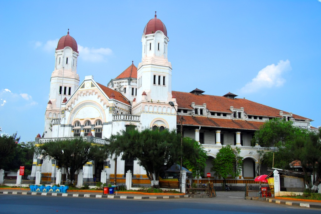 Lawang sewu a great mystical building in semarang amazing of