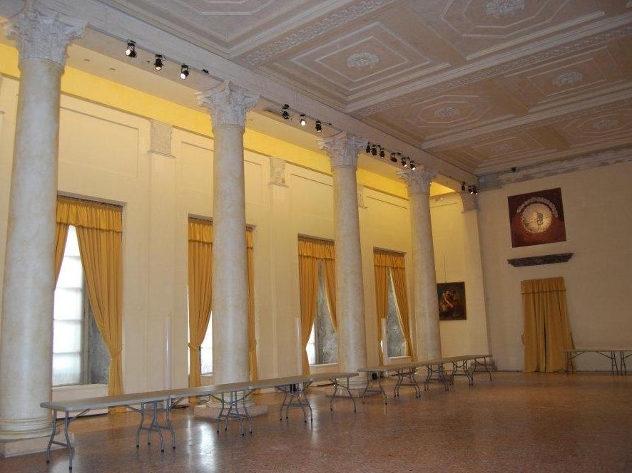 Sala delle otto colonne, Palazzo Reale di Milano