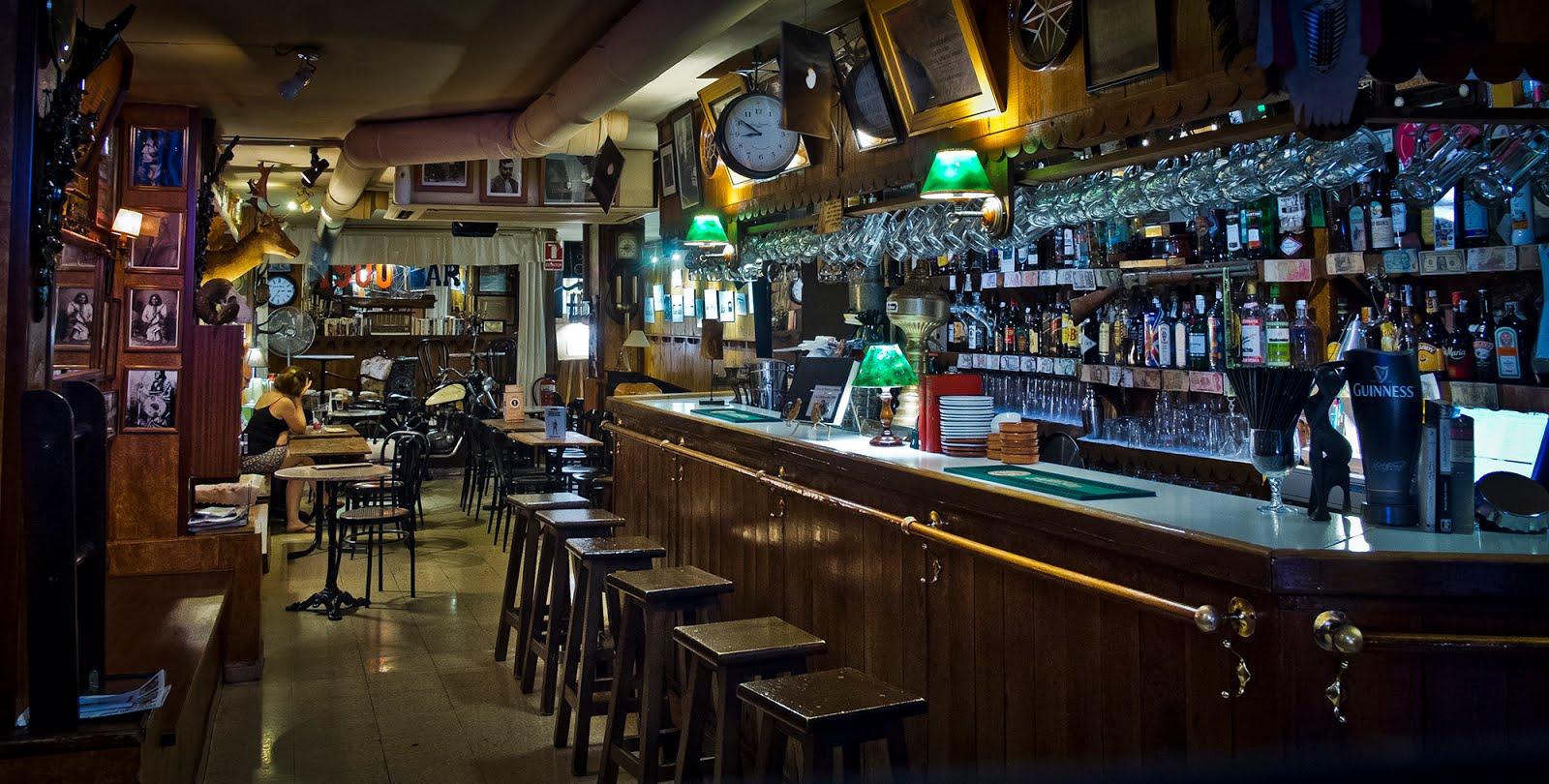 Sala bar 1900. Fotografia de Julian Pérez