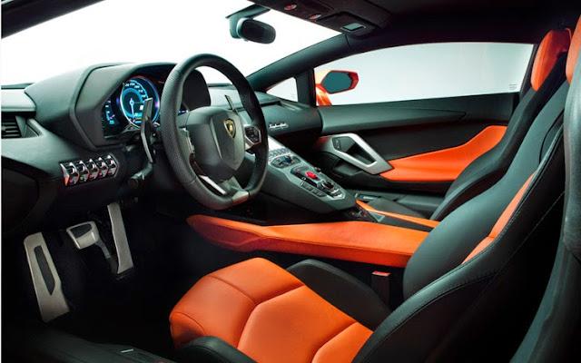 2016 Lamborghini Aventador Interior design