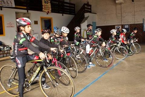Union cycliste bellevilloise ucb stage cole de v lo for Garage peugeot paris nice belleville