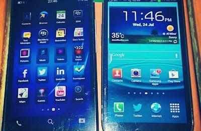 Muchas han sido las imágenes que se han filtrado en la red mostrando las diferentes características y cualidades del nuevo BlackBerry A10 (Aristo). Sin embargo, en las imágenes anteriores solo se habían mostrado 4 filas de iconos. En la mas reciente imagen filtrada se muestran 5 filas de iconos. Esto es muy interesante, teniendo en cuenta que el A10 estaba programado originalmente para tener sólo una pantalla de 4,65 pulgadas. Tal vez vamos a ver dos variantes de la Serie A, una con una pantalla de 4.65 pulgadas y el otro con una pantalla de 5 pulgadas. Fuente: N4BB y