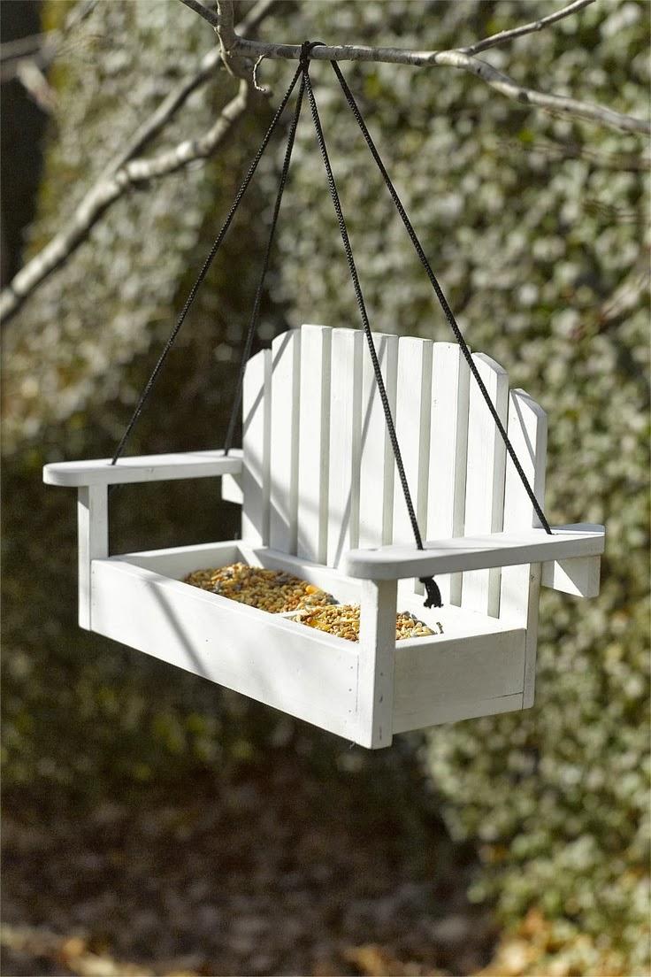 Tuindesign: 20 Zelfmaak ideeën om vogels te voeren