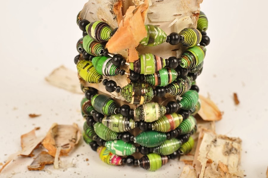 Köp vårt egengjorda gröna armband och stöd WWF
