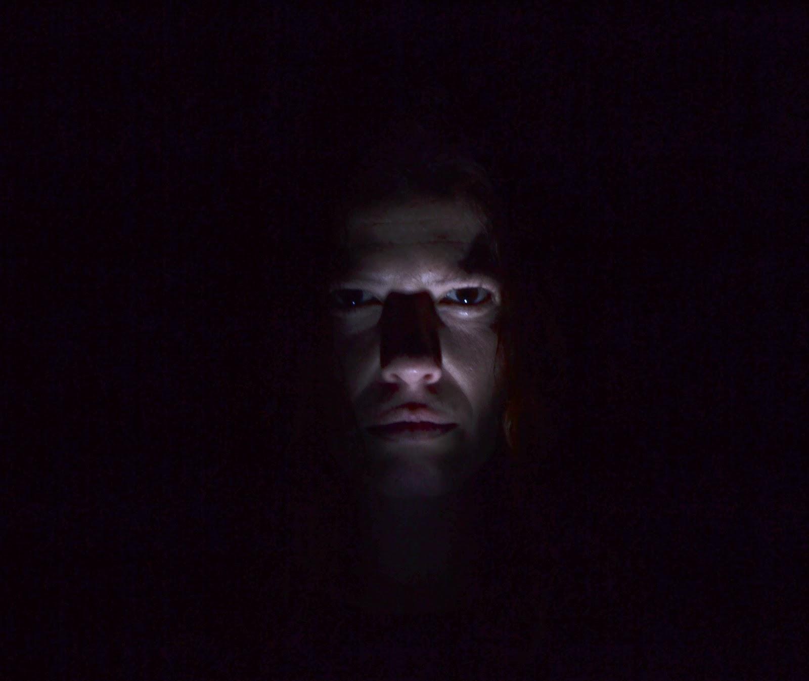 Cráneo Prisma: cuarto oscuro