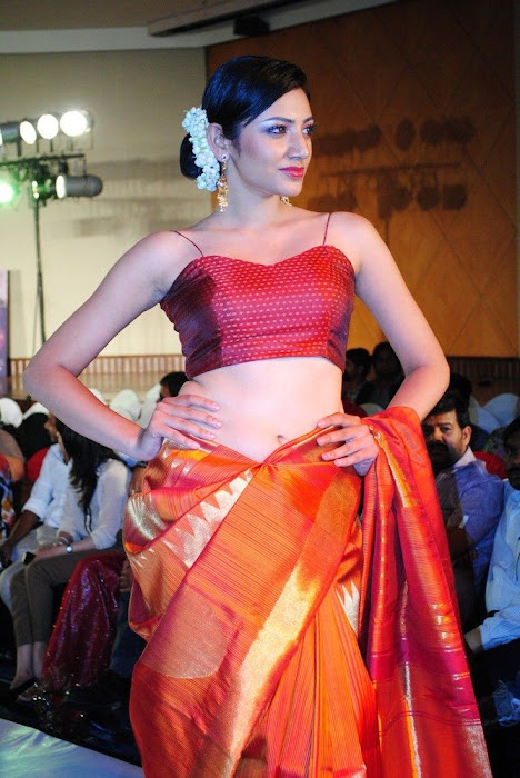 hyderabad fashion week beautiful model