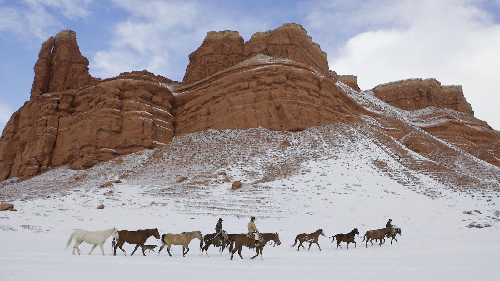 http://4.bp.blogspot.com/-HcqLVi6T3bE/Tz5PLYt6-zI/AAAAAAAADHs/rAIJnitDa50/s1600/Wranglers+In+Winter,+Shell,+Wyoming.jpg