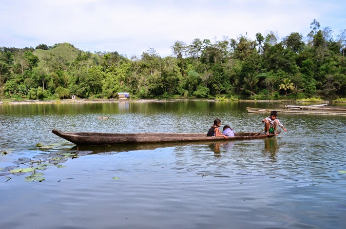 LAKE SEBU IN 20 PICTURES