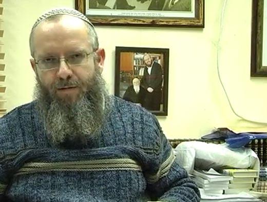 Rabbin accusé de crimes sexuelles Shemot_p