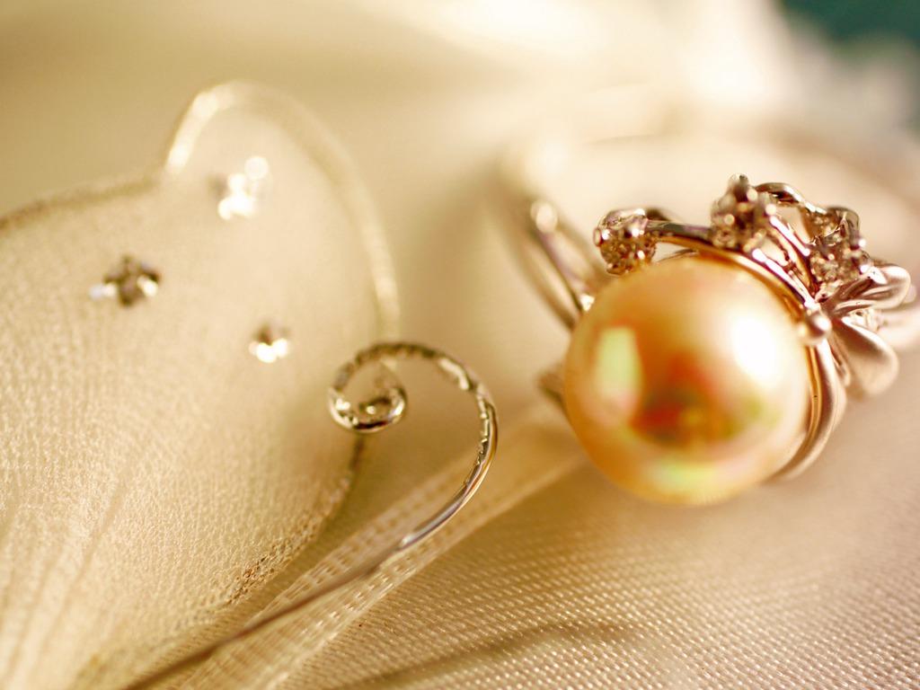 AV Jewelry Designs