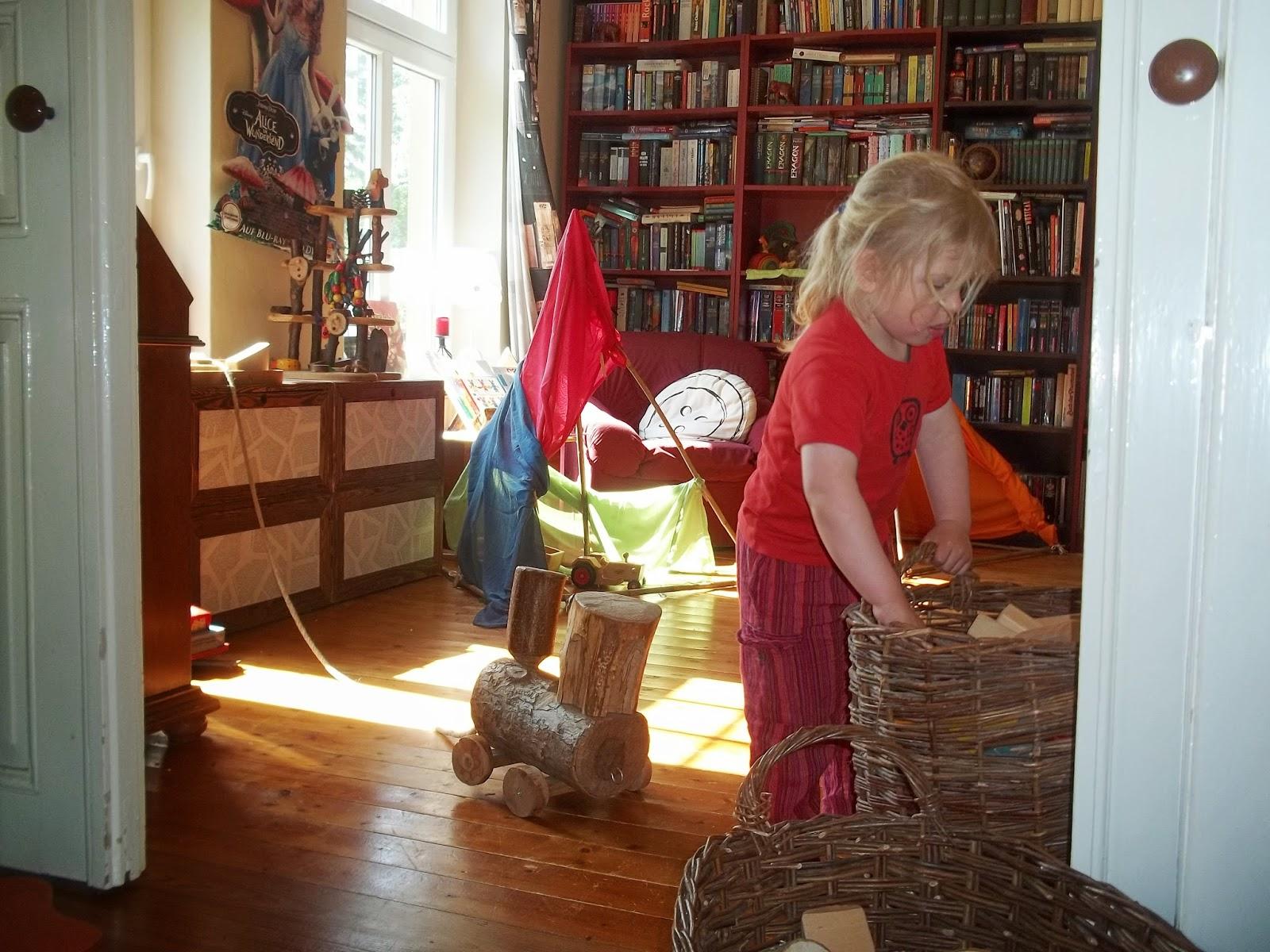 Fußboden Im Wohnwagen Knarrt ~ Wohnwagen vorzelt fußboden wohnwagen mit vorzelt und inventar auf