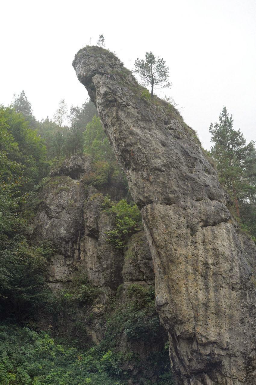 Wspinaczkowa przewieszka na Pochylcu