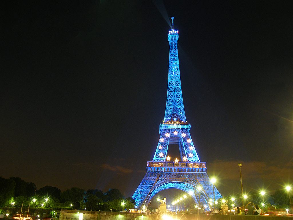 Love journey travel 105 eiffel tower paris france for Torre enfel