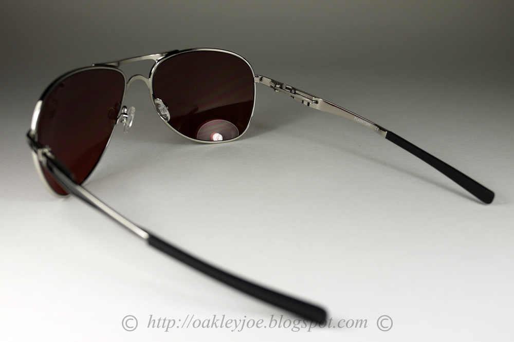 Oakley Ducati Plaintiff Silver L Warm Grey « Heritage Malta c7e3ff9276